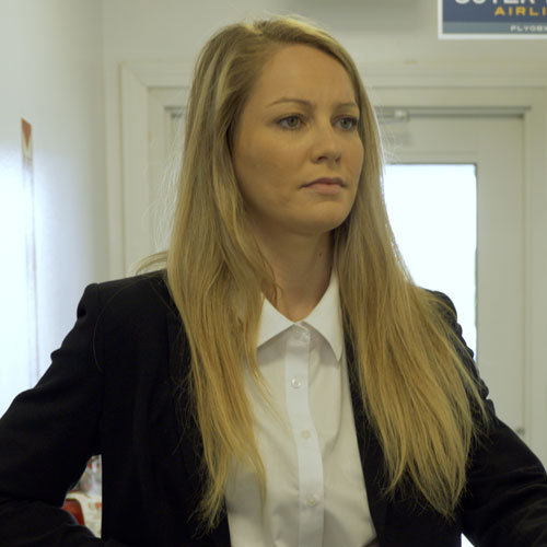 Maggie played by Emmi Frankum